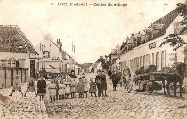 Le centre du village au début du siécle